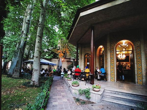 کافه سنتی عالی تهران