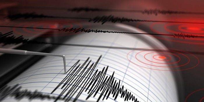 وقوع زلزله مهیب/زمین برای ۲۰ ثانیه به صورت مداوم لرزید