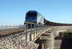 قطار به ایستگاه کرمانشاه میرسد
