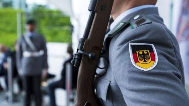 ارتباط یک عضو ارتش آلمان با نئونازیها