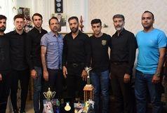 عسگری مدالش را تقدیم خانواده محمدی کرد
