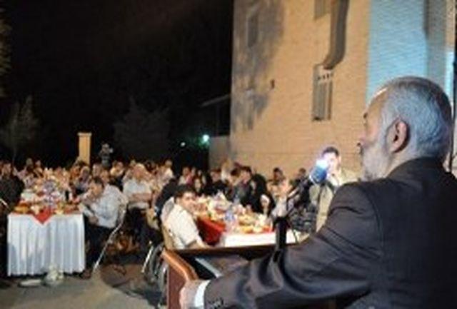 جانبازان نماد مقاومت و ایستادگی ملت ایران هستند