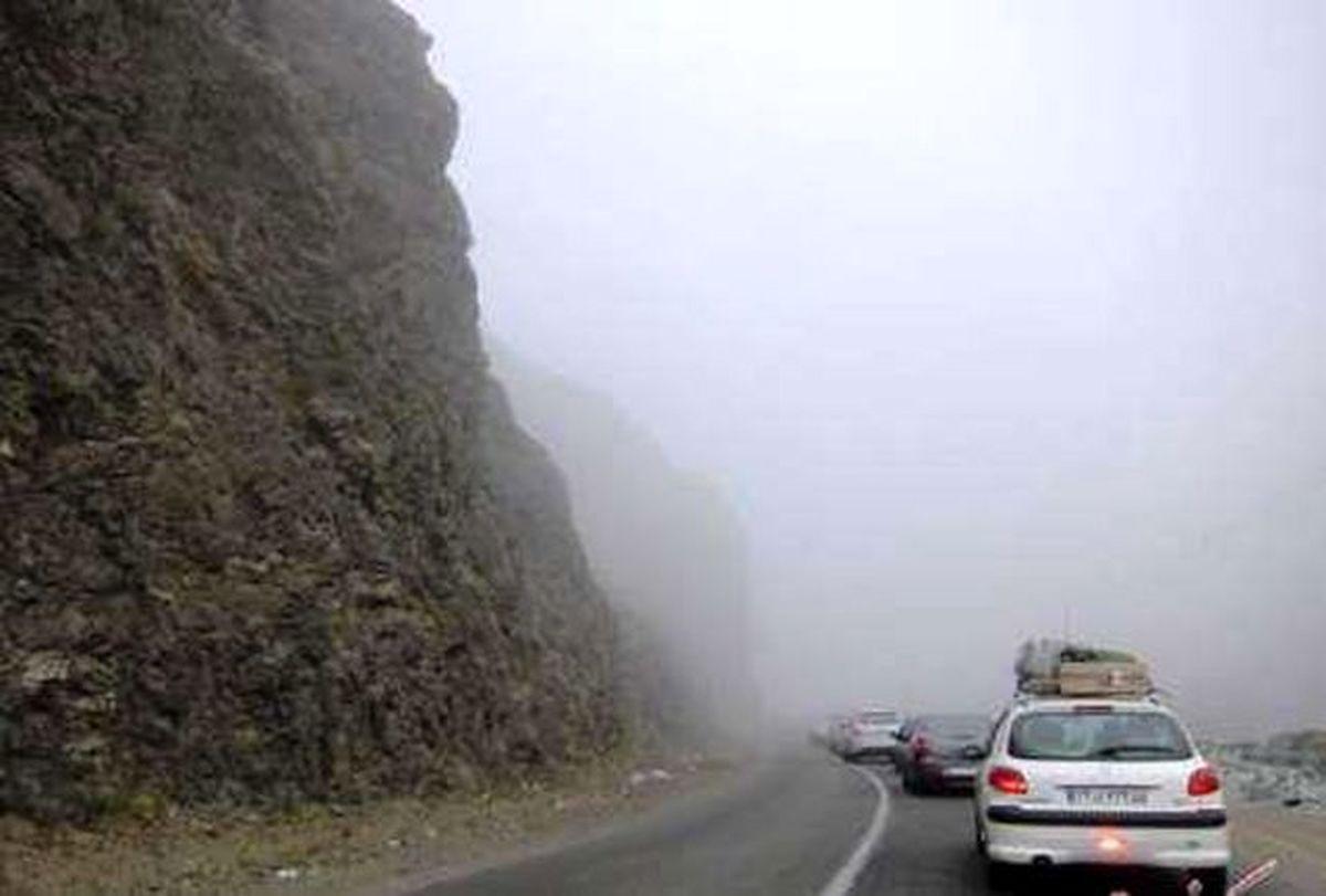 کدام جادههای کشور بارانی است؟