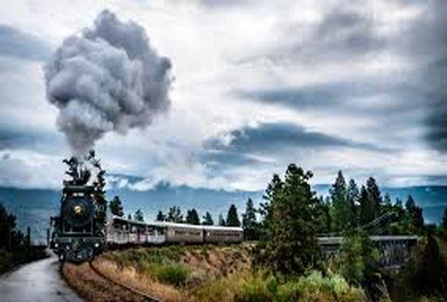 قطار گردشگران بین المللی از مرز رازی خوی وارد کشور شد
