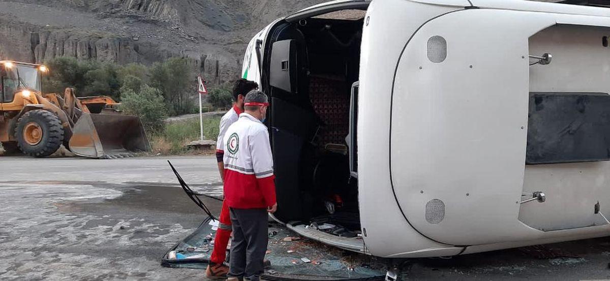 واژگونی اتوبوسی در جاده هراز  ۳ کشته و 41 مصدوم بر جای گذاشت