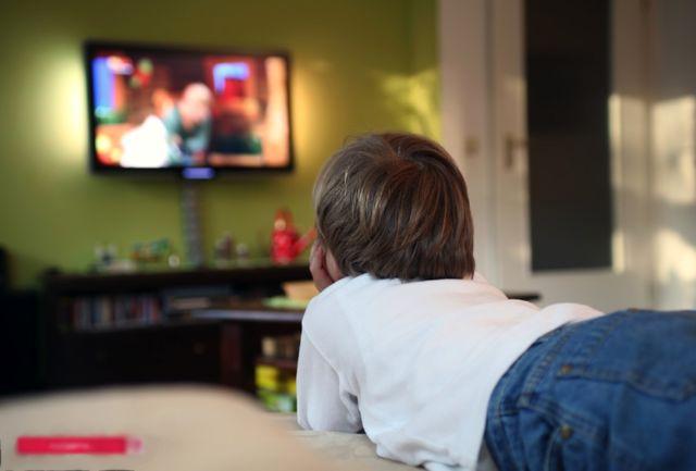 عوارض ناگوار تماشا کردن زیاد تلویزیون