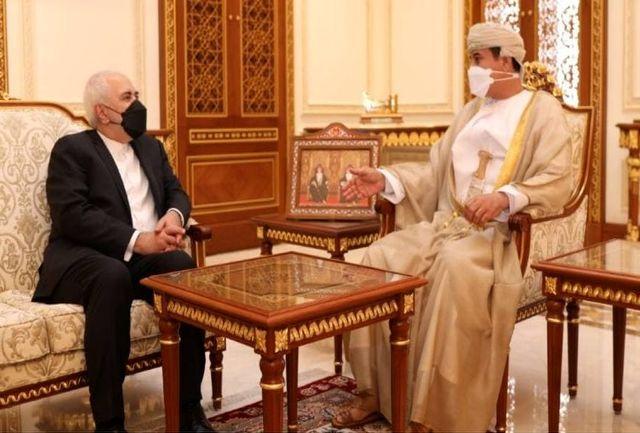 ادامه رایزنیها وزیر خارجه در مسقط/ بررسی وضعیت زندانیان ایرانی در عمان