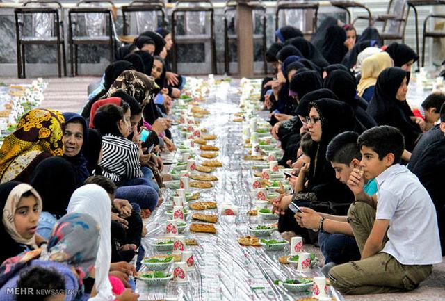 بیست هزار غذای افطاری بین نیازمندان قزوین توزیع شد