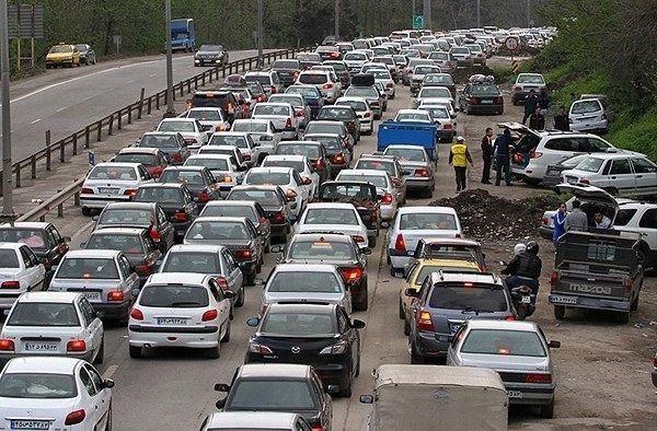 ترافیک پُرحجم در جادههای ساحلی