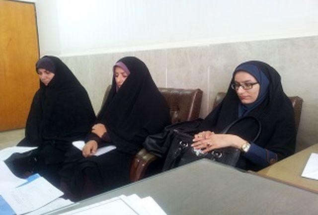 با خواهران ارباب رجوع با حجاب باید مطابق با شان آن برخورد شود
