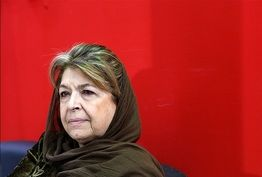 لیلی گلستان: مردم نباید قربانی سیاست شوند
