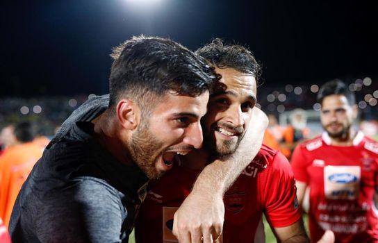 دیدار تیم های پارس جنوبی جم - پرسپولیس تهران