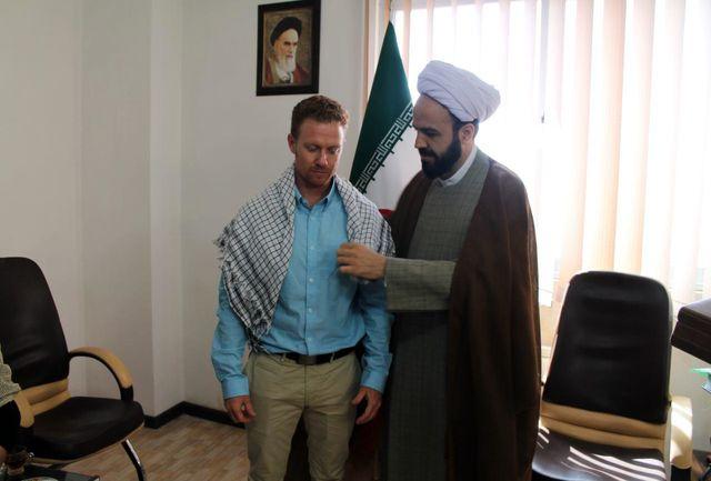 یک پزشک مسیحی استرالیایی ب به دین مبین اسلام مشرف شدند