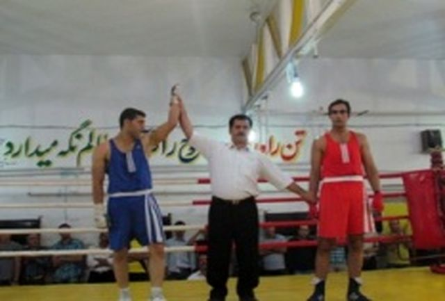 بروجرد قهرمان مسابقات بوکس بزرگسالان لرستان شد
