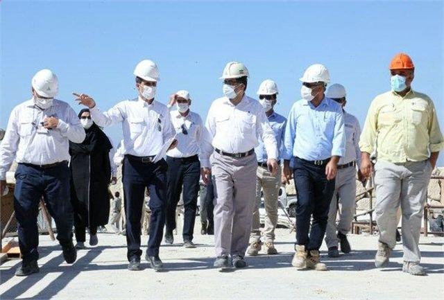 واحدهای جانبی پالایشگاه فاز ۱۴ پارس جنوبی تا پایان امسال راهاندازی میشود