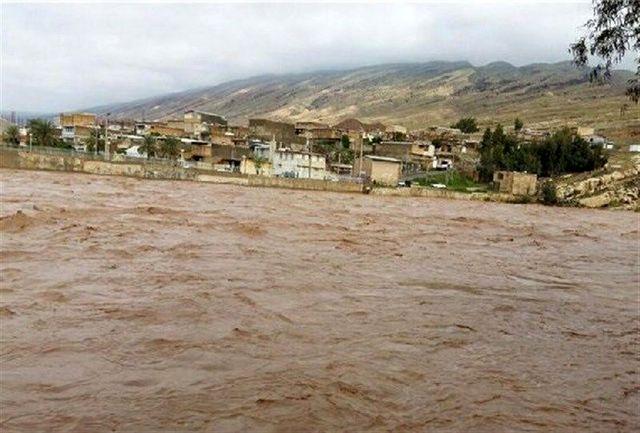 وقوع سیل شدید در گلستان/اعزام تیم های امداد و نجات به منطقه