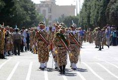 رژه نیروهای مسلح در استان قزوین برگزار شد