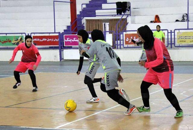 تیم فوتسال بانوان شهرداری رشت به رده چهارم لیگ برتر صعودکرد