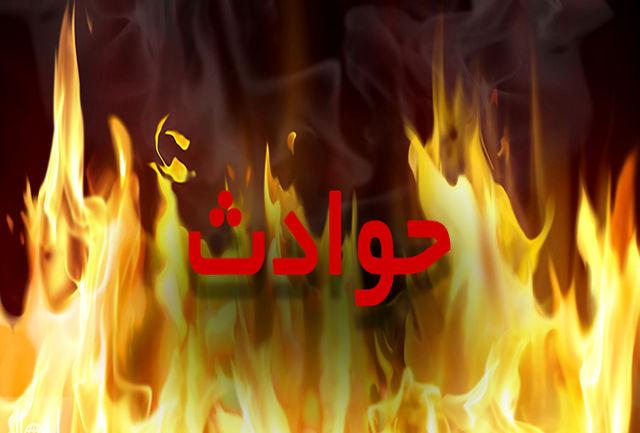 آتش سوزی یک واحد تجاری در صومعه سرا