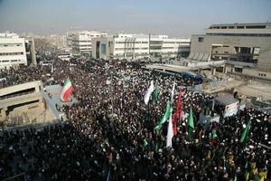 آغاز راهپیمایی حمایت از جبهه مقاومت در مشهد