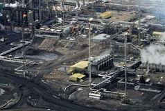 کاهش قیمت نفت، آمریکا را پای میز مذاکره میکشاند؟
