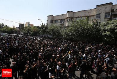 شور حسینی و عزاداری مردم تهران درظهر عاشورا / ببنید