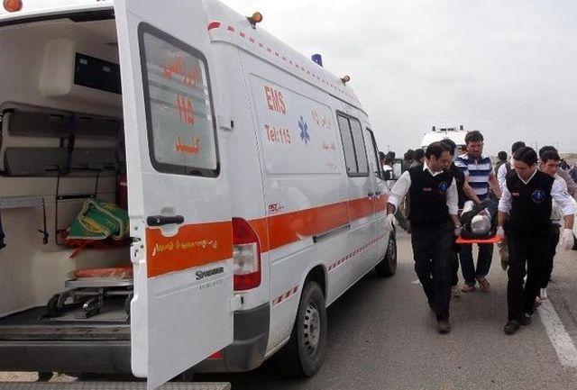 مجروحیت راننده و افسر راهنمایی و رانندگی در خیابان شریعتی تهران