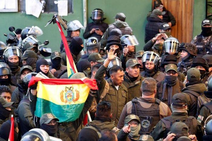 نگاهی به کودتای نظامی علیه مورالس