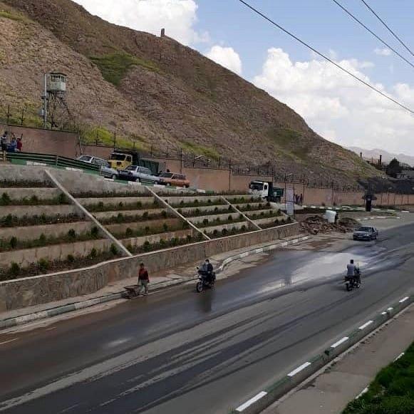 پروژه زیباسازی و بهسازی بلوارشهیدرستگار امین آبادورودی حاجی آباد به مرحله اجرا در آمد