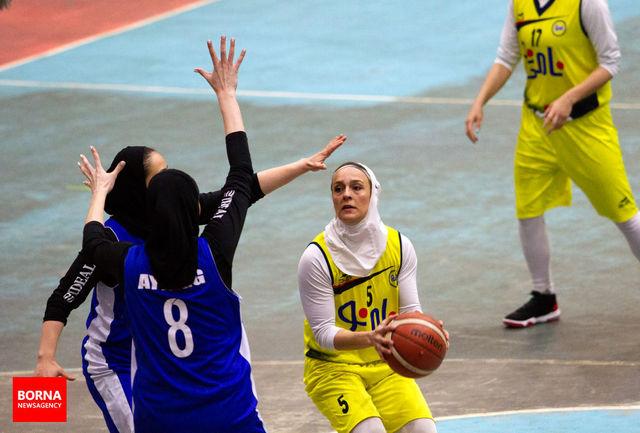 حضور ٢ بسکتبالیست مشهدی در اردوی تیم ملی بانوان