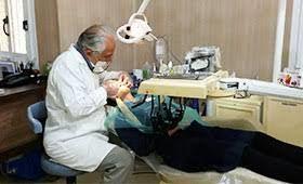 آغاز فعالیت مطبهای دندانپزشکی در اصفهان/ خدمات زیبایی بلامانع است