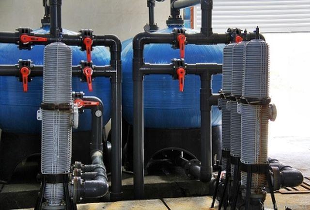 جهت تامین کمبود آب روستاهای قشم میزان ۲۳۰۰ متر مکعب تولید آب شیرین افزایش یافت