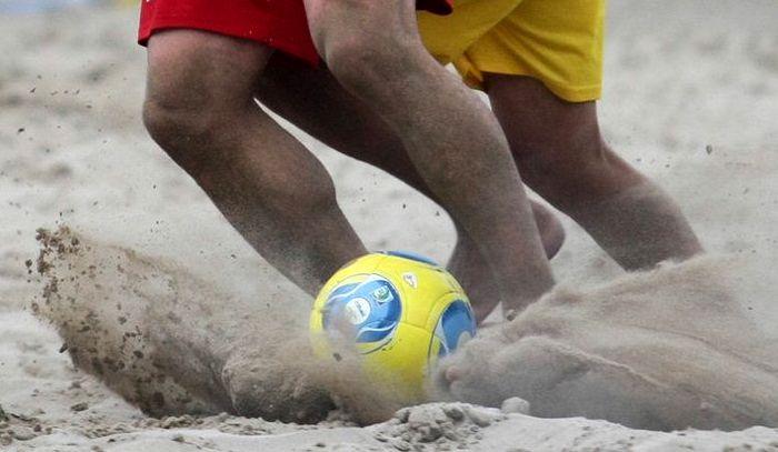 تیم ملی فوتبال ساحلی ایران با شکست امارات راهی فینال شد