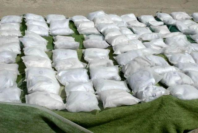 کشف ۶۰۰ کیلوگرم موادمخدر در خاش توسط سربازان گمنام