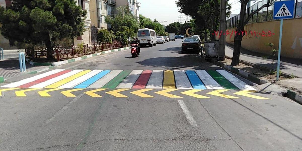 آغاز مرحله جدید خط کشیهای عابر پیاده با طرحهای رنگی و خلاقانه