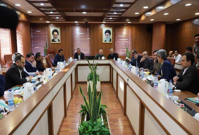 مشاور عالی فرمانده کل قوا از پیشرفته ترین بندر کانتینری ایران دیدن کرد