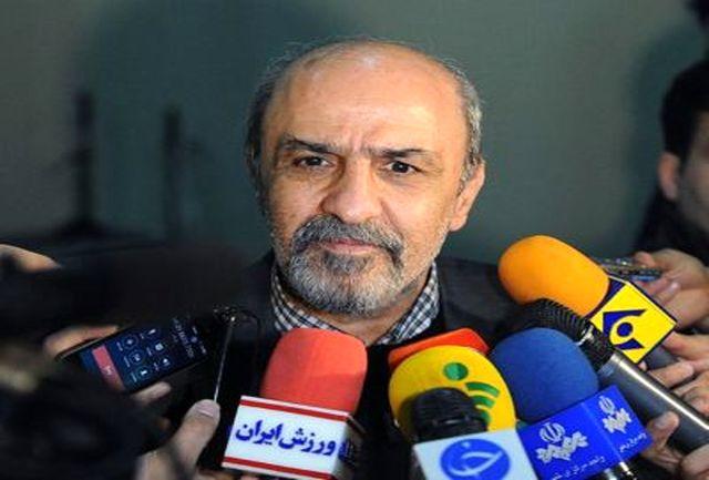 دکتر گودرزی: اهتزاز پرچم ایران اقتدار نظام را به رخ میکشد
