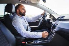چرا باید قبل از استارت زدن خودرو باید کلاچ بگیریم؟