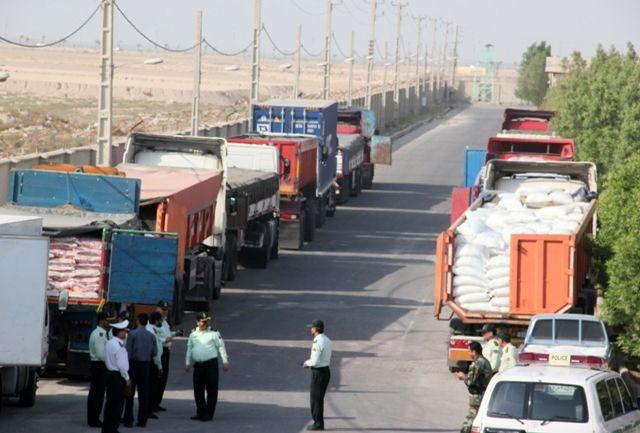 ۱۰ باند سازمان یافته قاچاق کالا در استان همدان/یک میلیون لیتر سوخت قاچاق کشف شد