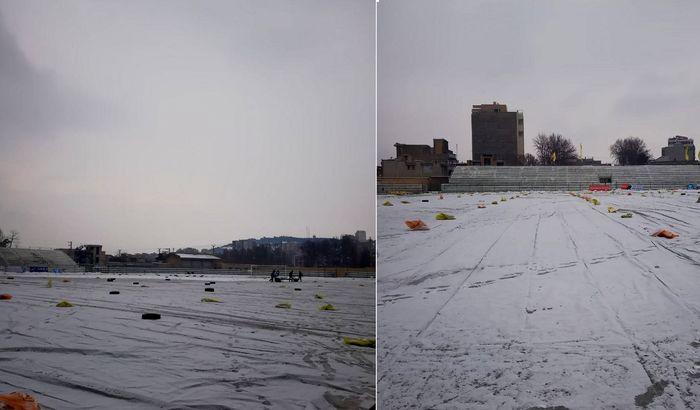 یک دیدار لیگ برتر فوتبال بانوان، بدلیل یخزدگی زمین لغو شد