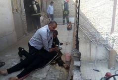 خودکشی زنی در اهواز با آتش زدن خانه اش+ببینید