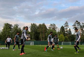تمرین تیم ملی فوتبال ایران در کمپ لوکوموتیو مسکو