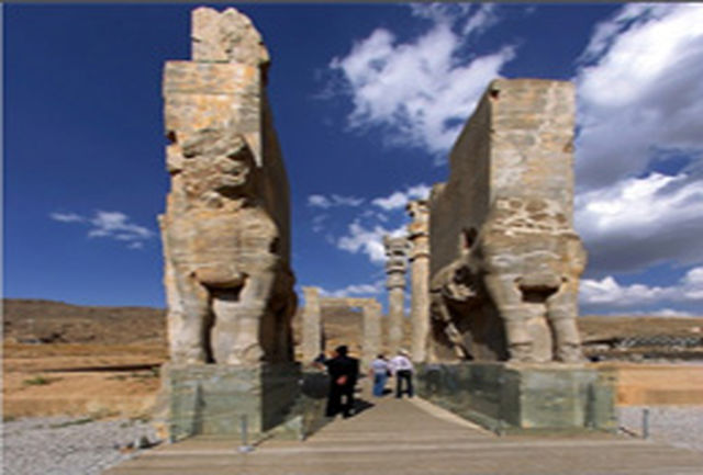 بازدید رایگان اماکن گردشگری  فارس در روز 28 اردیبهشت