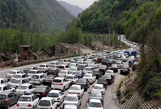 ترافیک فوق سنگین در محور چالوس