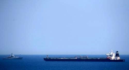 نفتکش ایرانی وارد آبهای منطقهای ترکیه شد