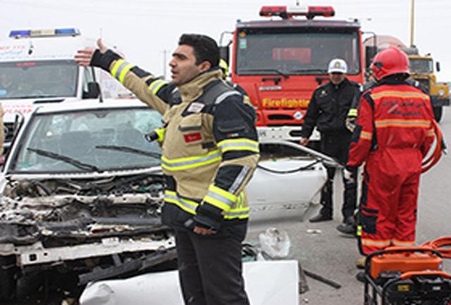 تصادف خودروی پراید و نیسان در جاده اقبالیه قزوین