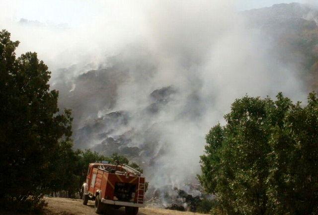 سایت زباله شهر جوانرود همچنان در آتش میسوزد