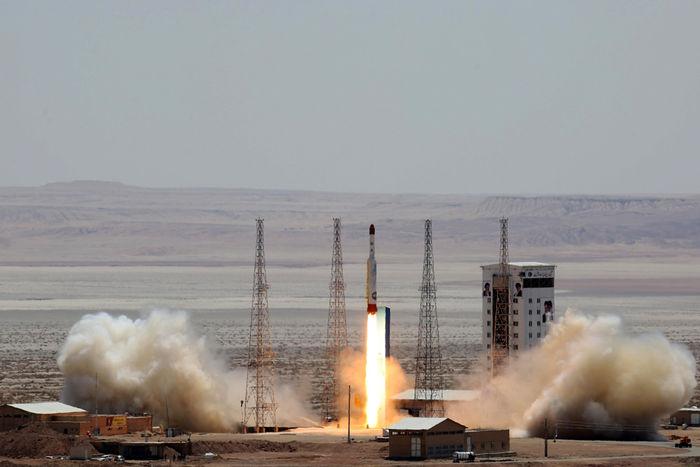 دستاوردهای صنعت فضایی کشور/ انحصار ساخت و پرتاب ماهواره توسط متخصصان ایرانی شکسته شد