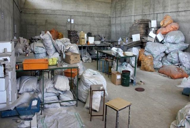 بیش از 142هزار عدد مواد محترقه کشف شد