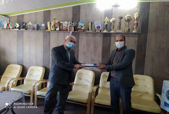 تجلیل اداره ورزش و جوانان شهرستان بافت از حمید امیرخسروی
